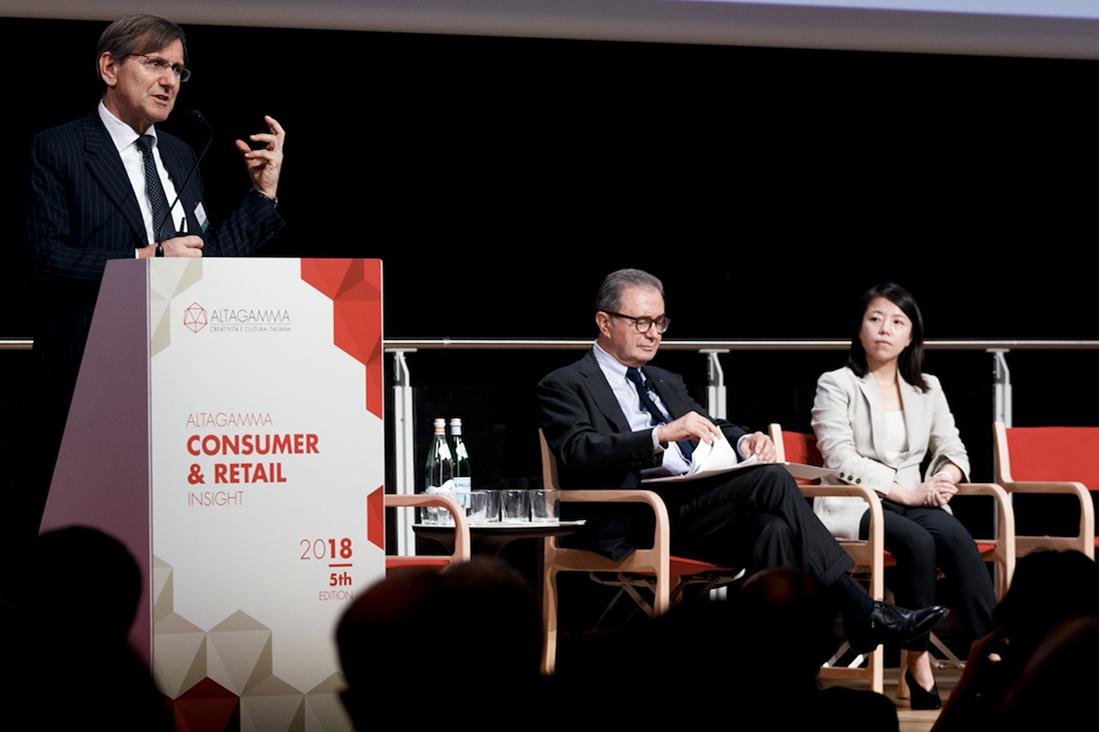 意大利奢侈品行业协会发布两份最新报告:到2024年中国消费者将占全球奢侈品消费40%