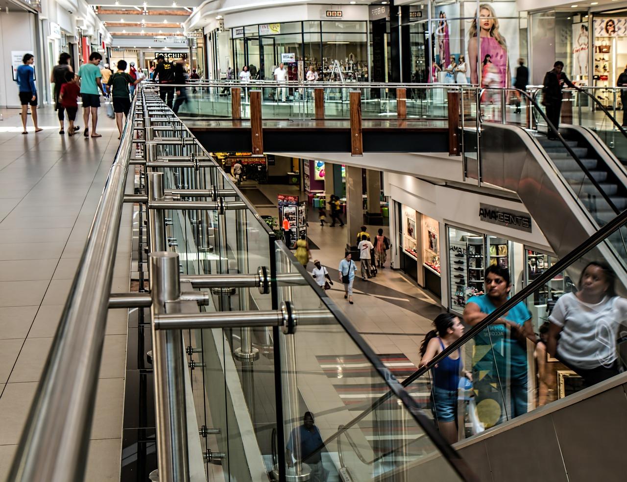 美国零售商去年关闭了7000多家门店,2018年必须迈过这十道坎!