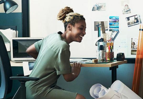 共享办公空间巨头 WeWork 布局新零售:引进零售人才,推动服装、食品和饮料的销售