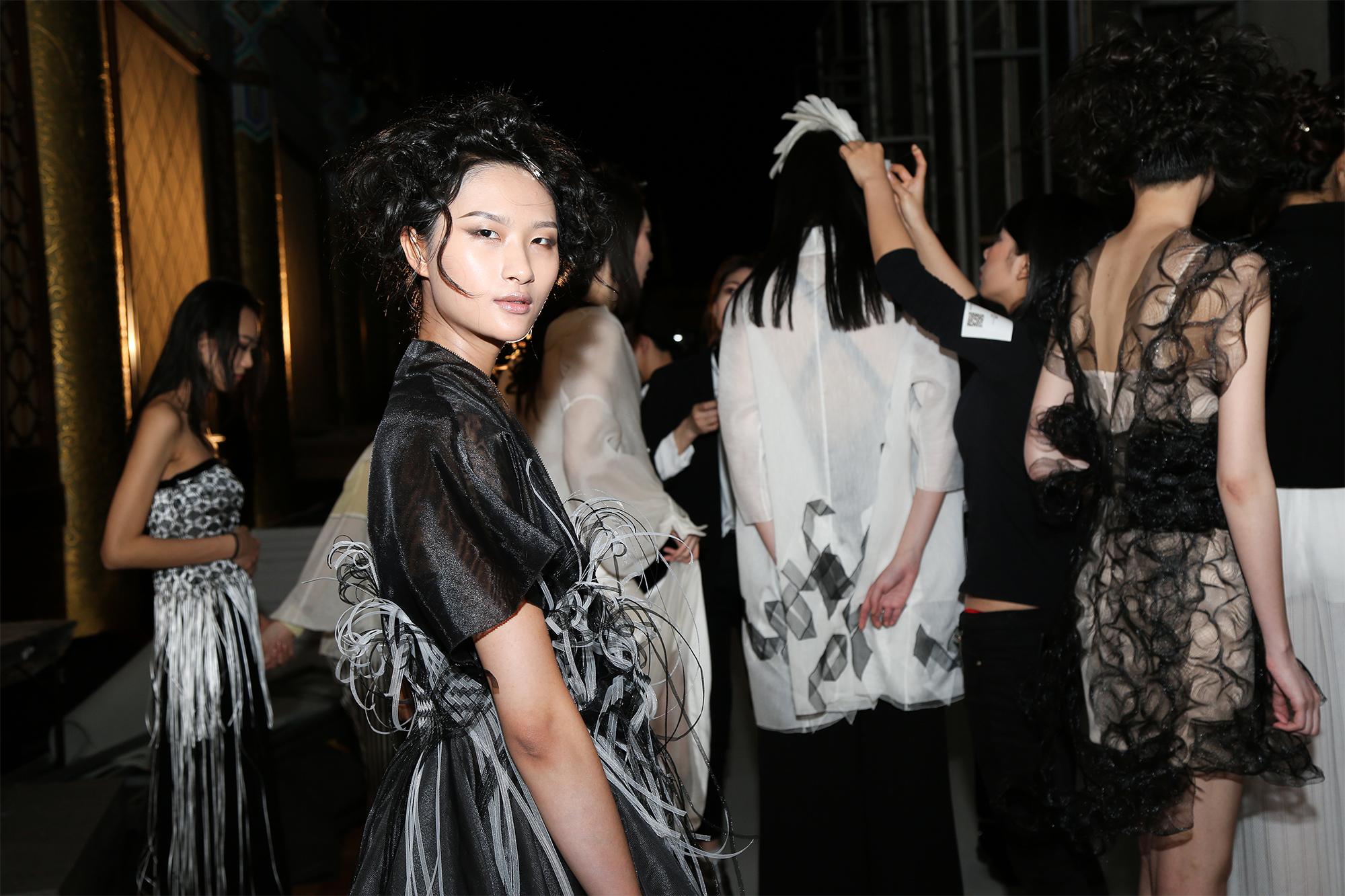让我们的强项更强!迎来十周岁的Grace Chen品牌首秀中国国际时装周,创始人接受《华丽志》独家专访