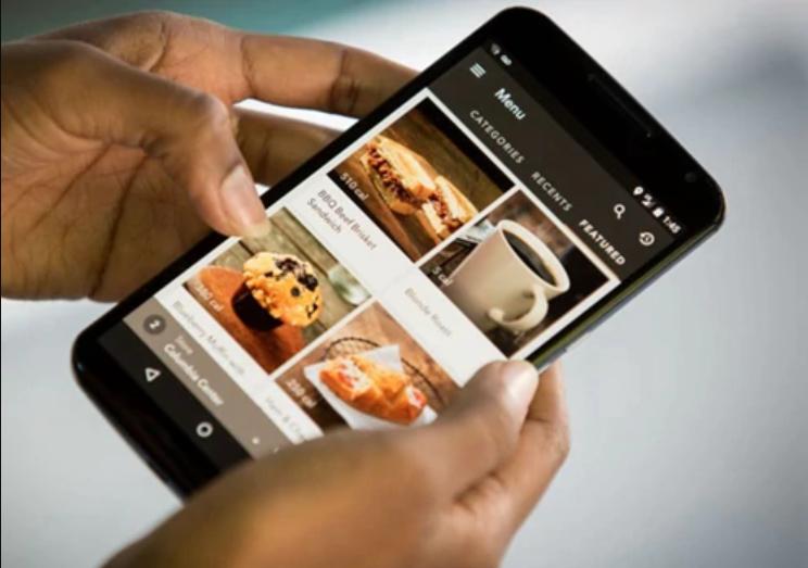 星巴克的手机下单服务为何遭到一些反对声?听听这几位老顾客怎么说