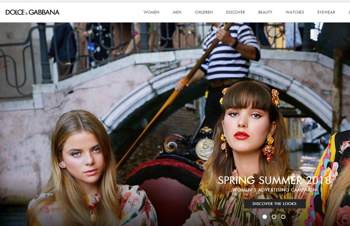 为拓展海外市场,Dolce & Gabbana 在全球各地进行高级时装世界巡回展览