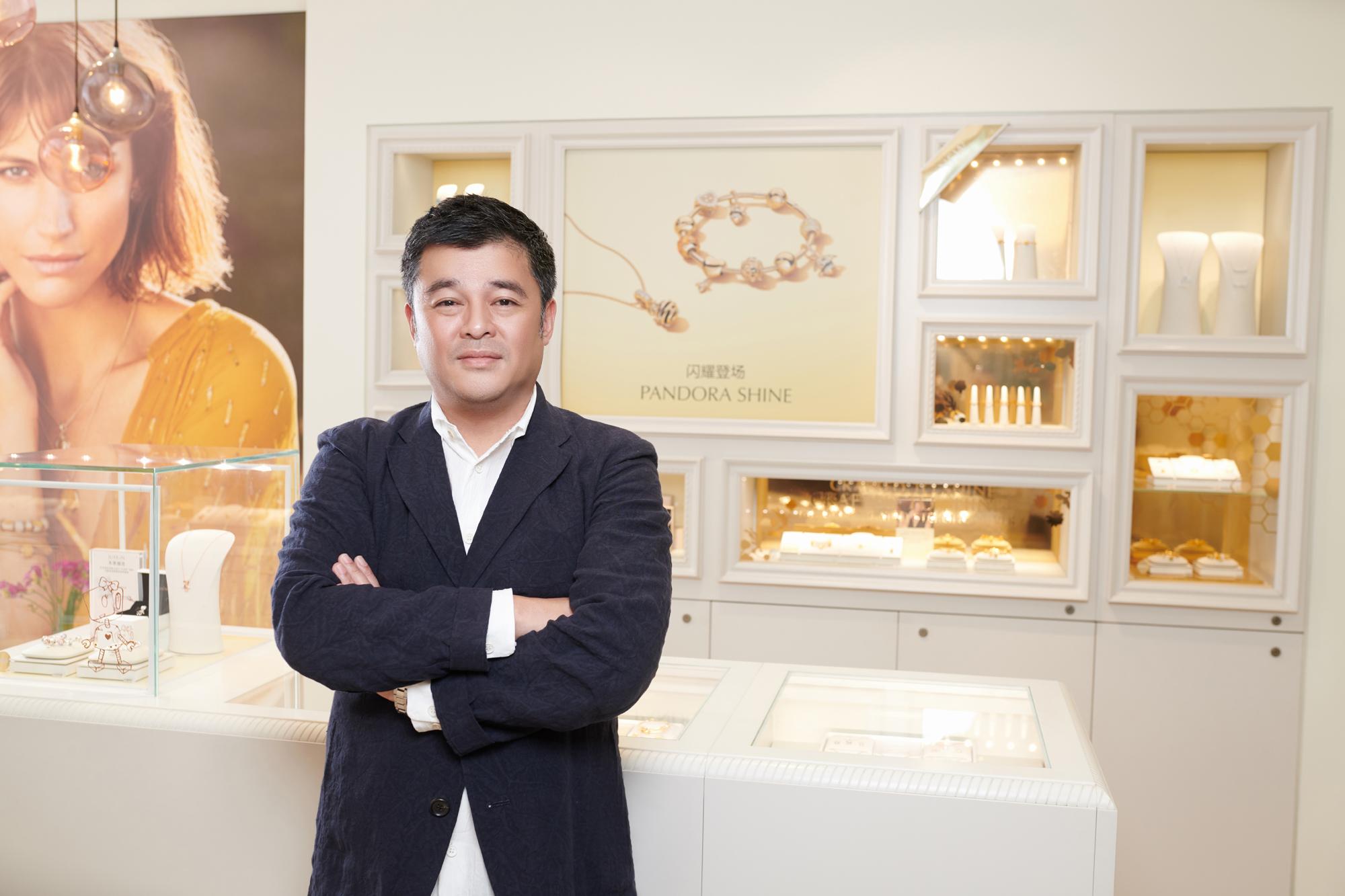 """""""金色"""" PANDORA 背后的数据  《华丽志》独家专访PANDORA中国董事总经理"""