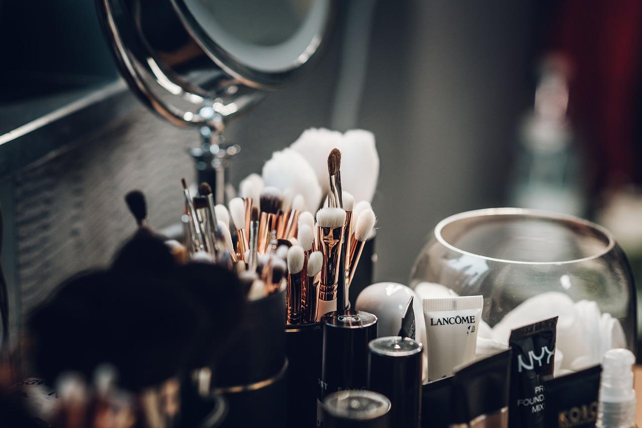 贝恩资本收购美国化妆品包装供应商 World Wide Packaging