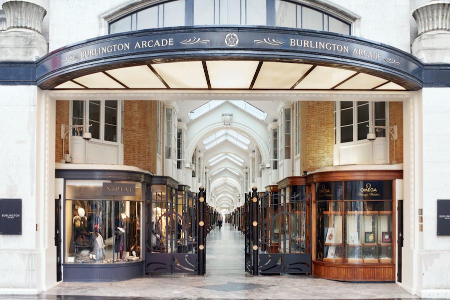 伦敦百年奢侈品购物拱廊商场 BurlingtonArcade以3亿英镑售出