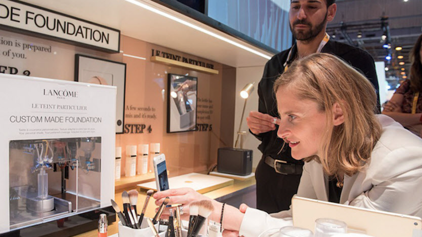 欧莱雅集团与 Valentino 达成香水和奢华美容产品授权经营协议