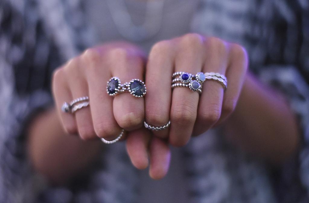 受中国市场增长放缓影响,丹麦珠宝品牌 Pandora 第一季度销售额同比下降1%,股价创7年来最大跌幅