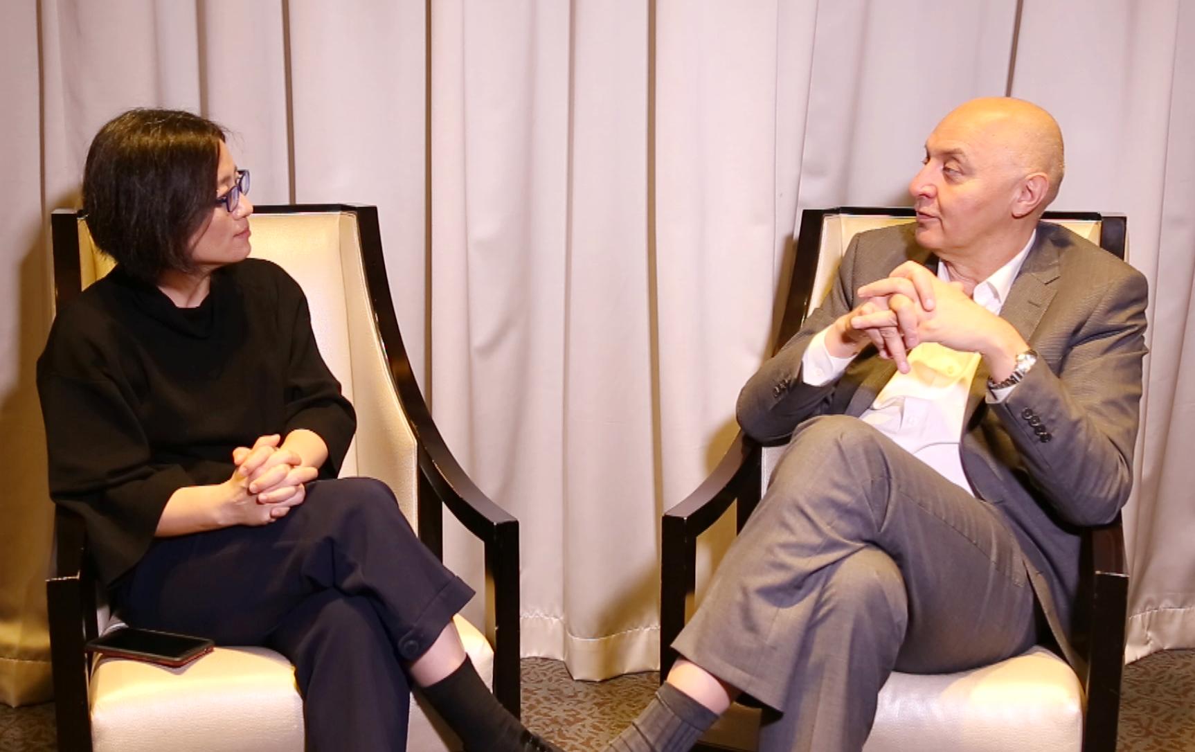 华丽志创始人余燕对话法国高定及时尚联合会执行总裁Pascal Morand