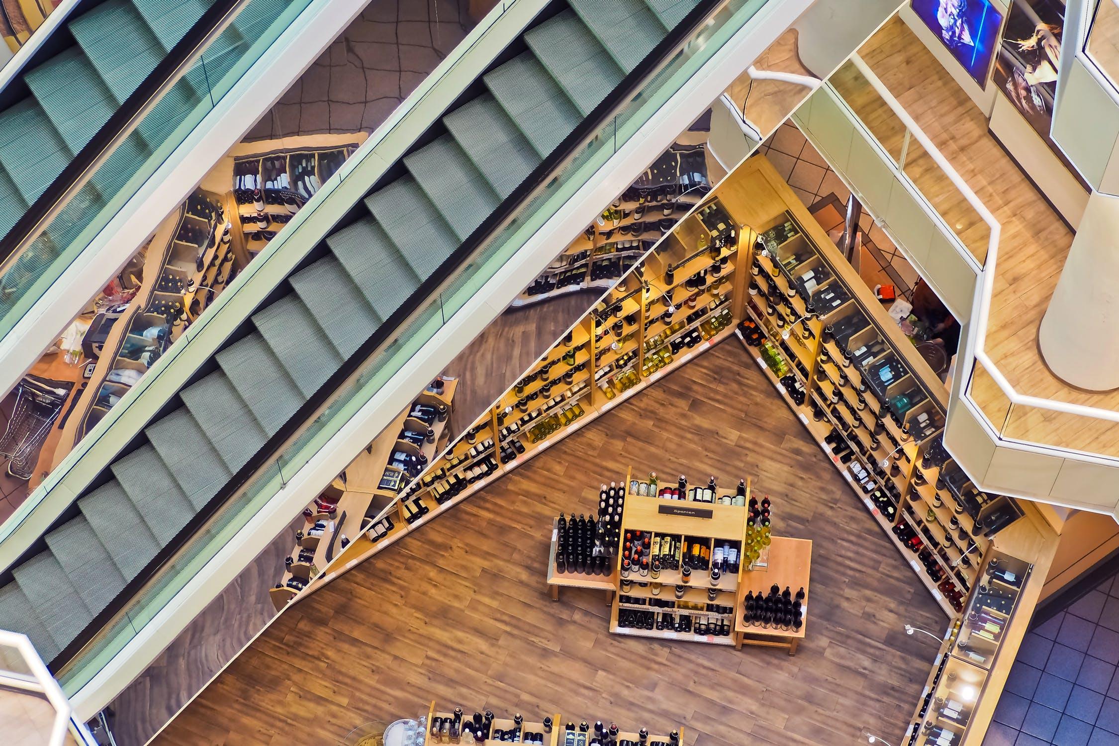 美国最新零售地产报告:业绩衰退的商场谁来接盘?未来价格将一路走低