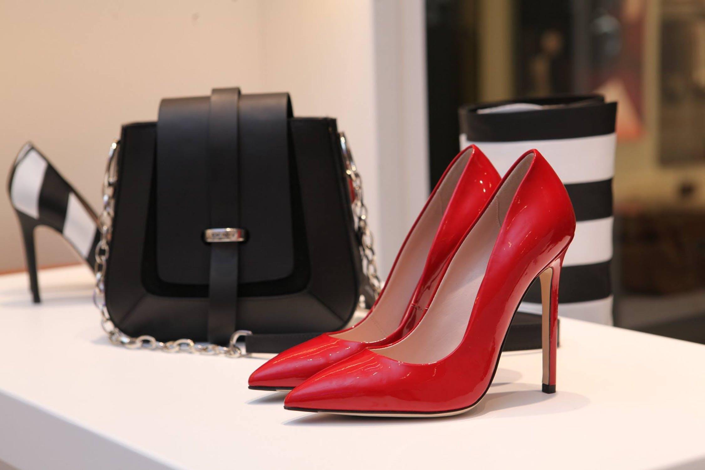 日本奢侈品市场恢复增长:本土消费者信心回升,中国游客消费旺盛,零售商主动更新升级