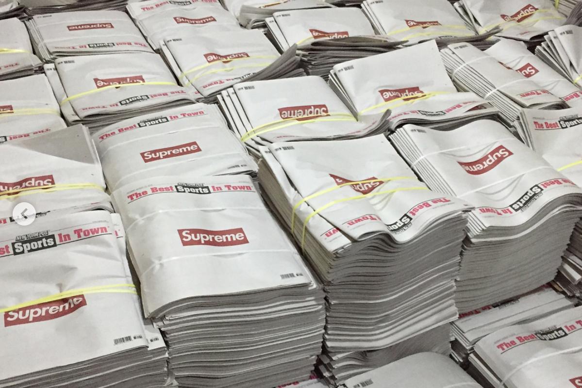 Supreme 在《纽约邮报》头版刊登整版广告,报纸被粉丝抢购一空,二手价抬至数十倍