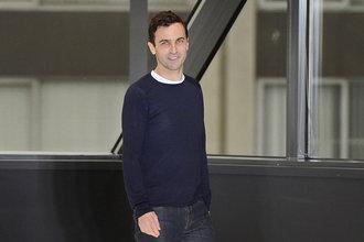 为 Louis Vuitton效力已五年,女装艺术总监 Nicolas Ghesquière的个人品牌呼之欲出