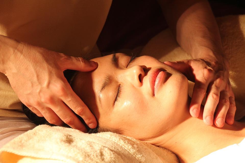 健康意识增强,女性创业者推动高端护肤品市场快速增长