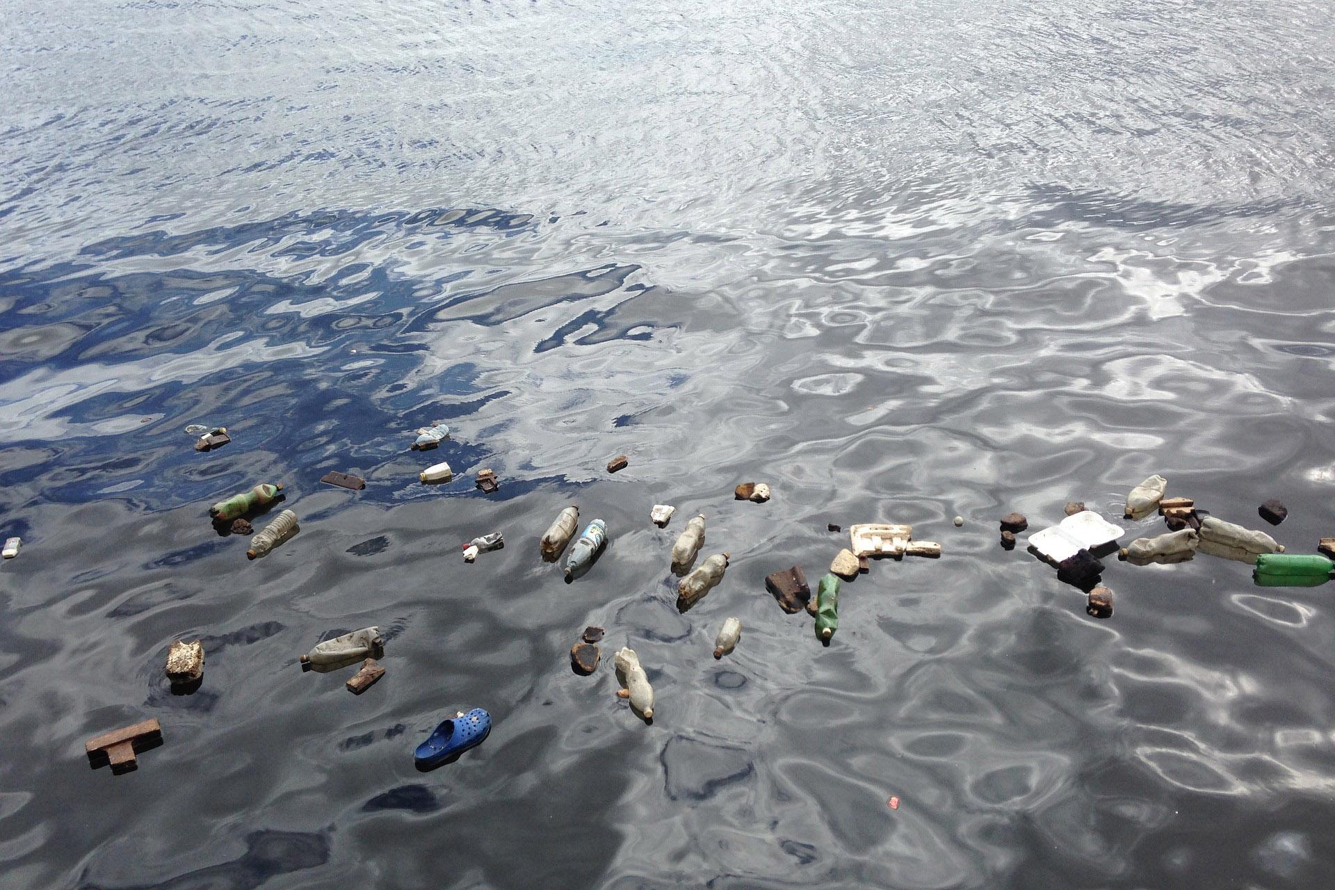 遏制塑料污染刻不容缓!包括 Burberry、H&M、欧莱雅在内的290家机构正式签署承诺书