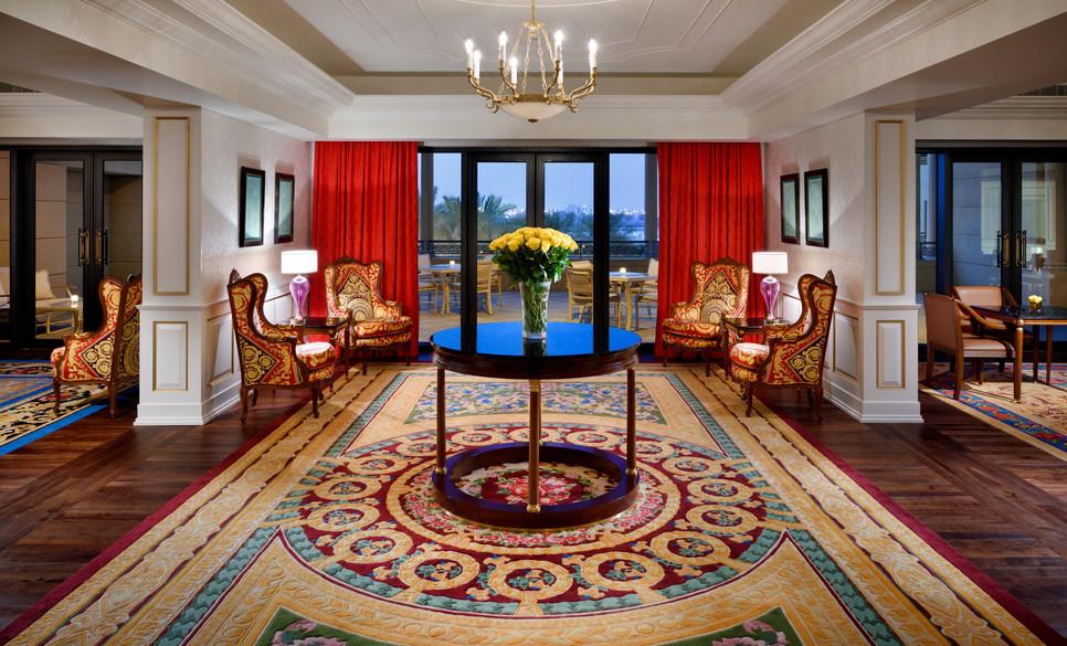 加强针对中国游客的营销,迪拜范思哲宫殿酒店年销售额同比大增300%