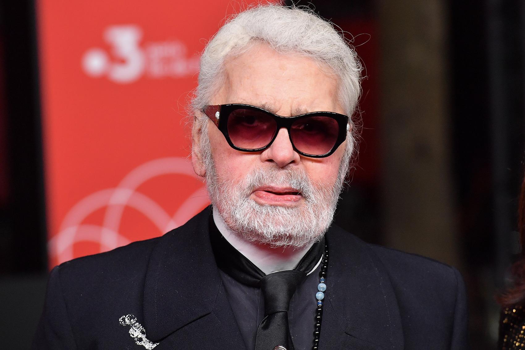 因身体不适,Karl Lagerfeld 首次缺席 Chanel 高定大秀,引发退休猜想