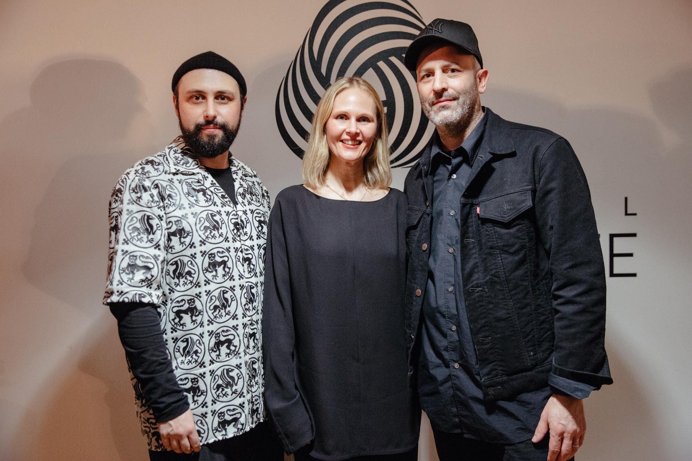 新一届国际羊毛标志大奖揭晓:英国男装品牌 Edward Crutchley 与美国夫妻档女装品牌 Colovos 胜出
