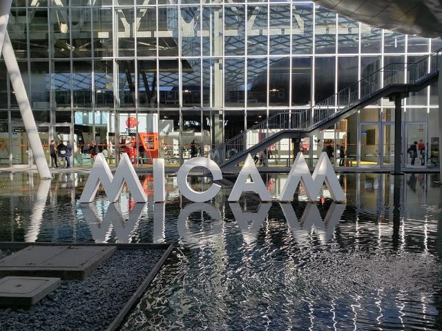 全球潮鞋的风向标:意大利MICAM鞋展带给我们的惊喜和思考|《华丽志》独家深度报道