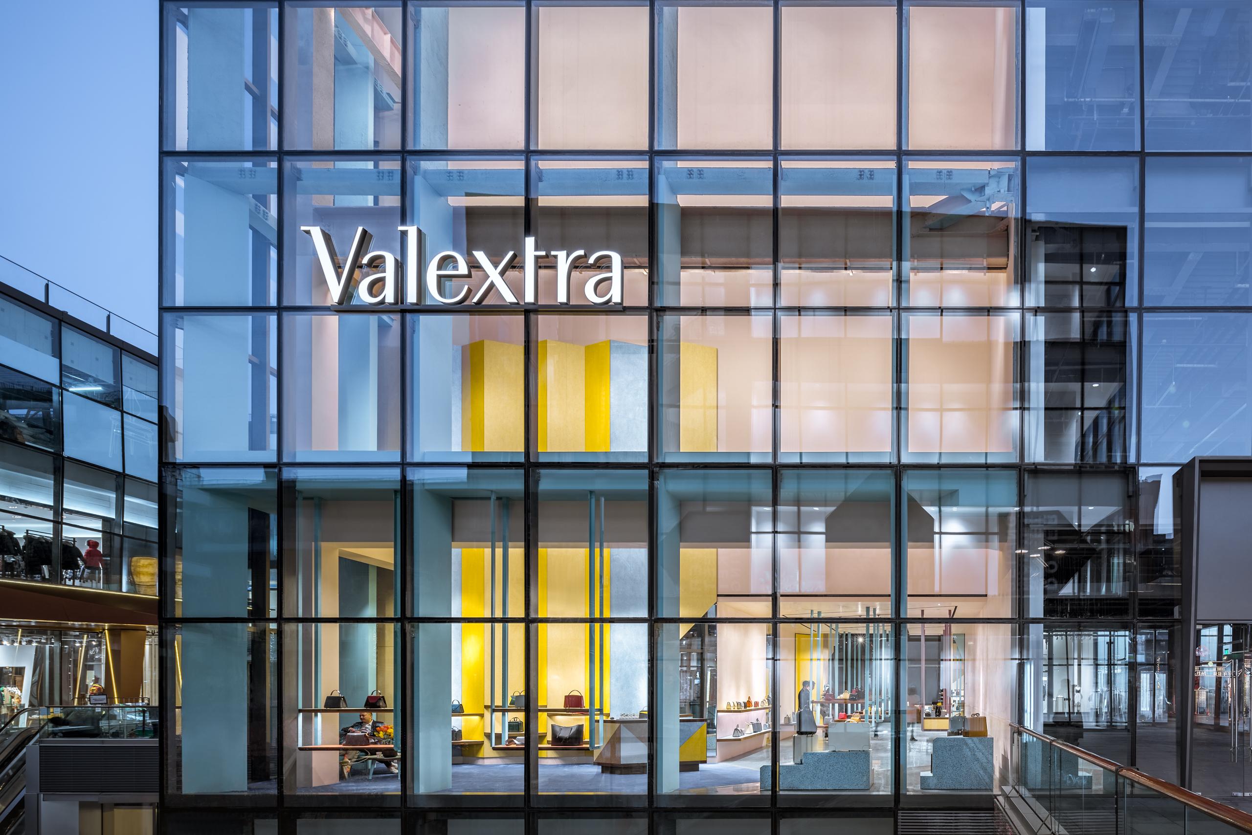 奢侈品不能偷工减料!我们要打造一个永留于世的品牌丨《华丽志》独家专访意大利顶级皮具品牌 Valextra 全球CEO