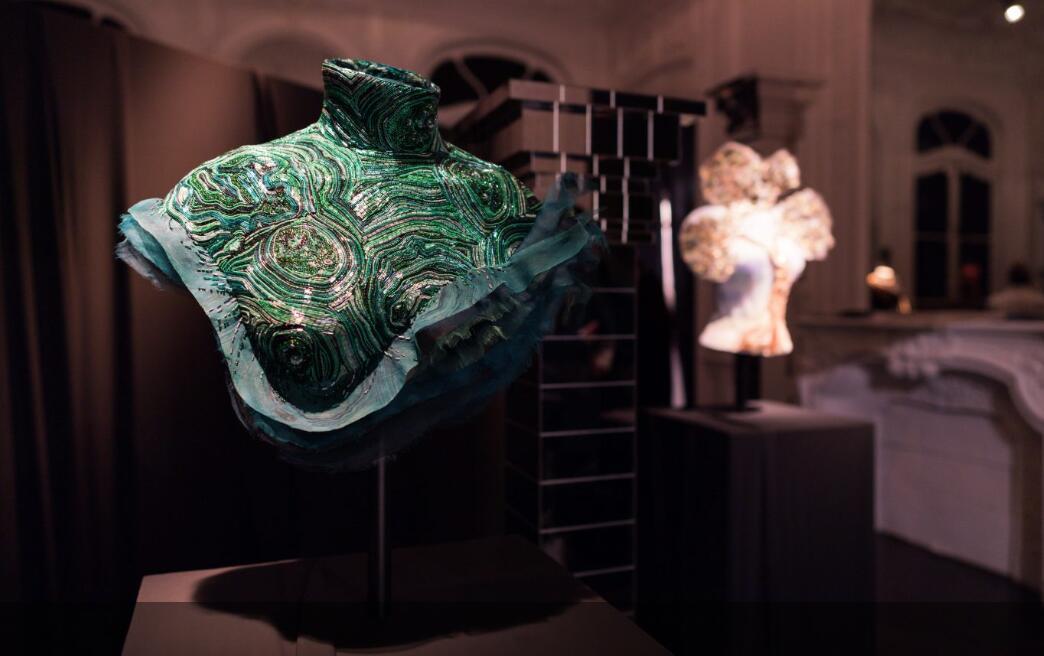 7件作品耗时2500小时,Chanel旗下刺绣工坊 Lesage艺术总监举办首场个展