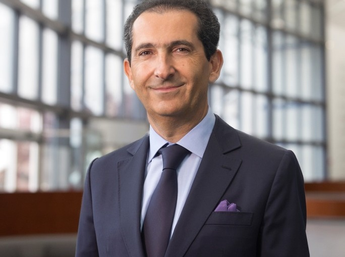 苏富比拍卖行将被法国电信巨子以37亿美元价格收购并私有化退市,股价大涨58%