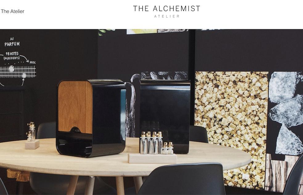 西班牙美妆巨头 Puig 联手西门子家电推出高科技香水定制工坊 The Alchemist Atelier