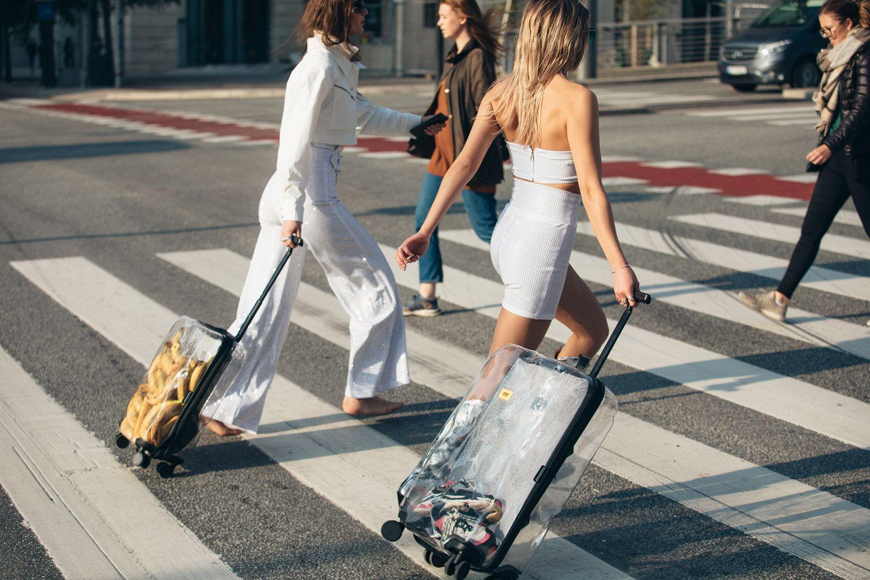 """深度   拖入时尚战场的""""行李箱""""新贵们,是如何杀出重围的?"""