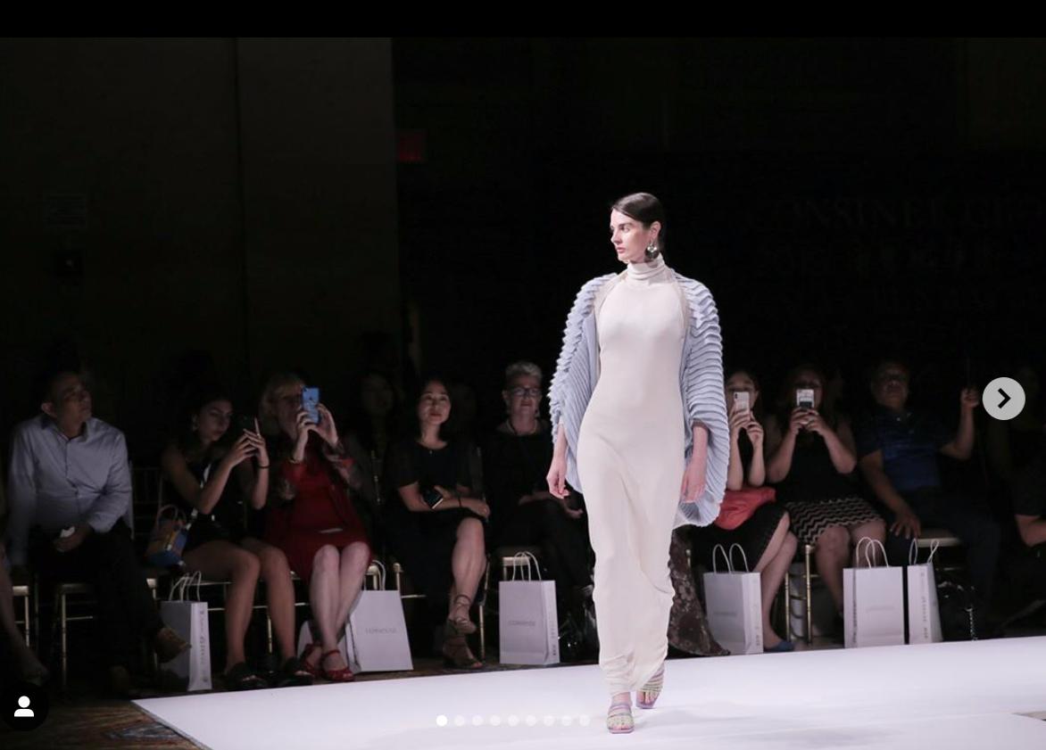 中国羊绒纱线出口龙头企业康赛妮联手美籍华裔设计师 Steven Oo 在纽约举办时装秀