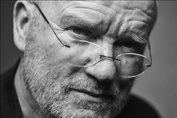 用镜头开启了超模的黄金时代——德国传奇摄影大师 Peter Lindbergh 逝世,享年 74岁