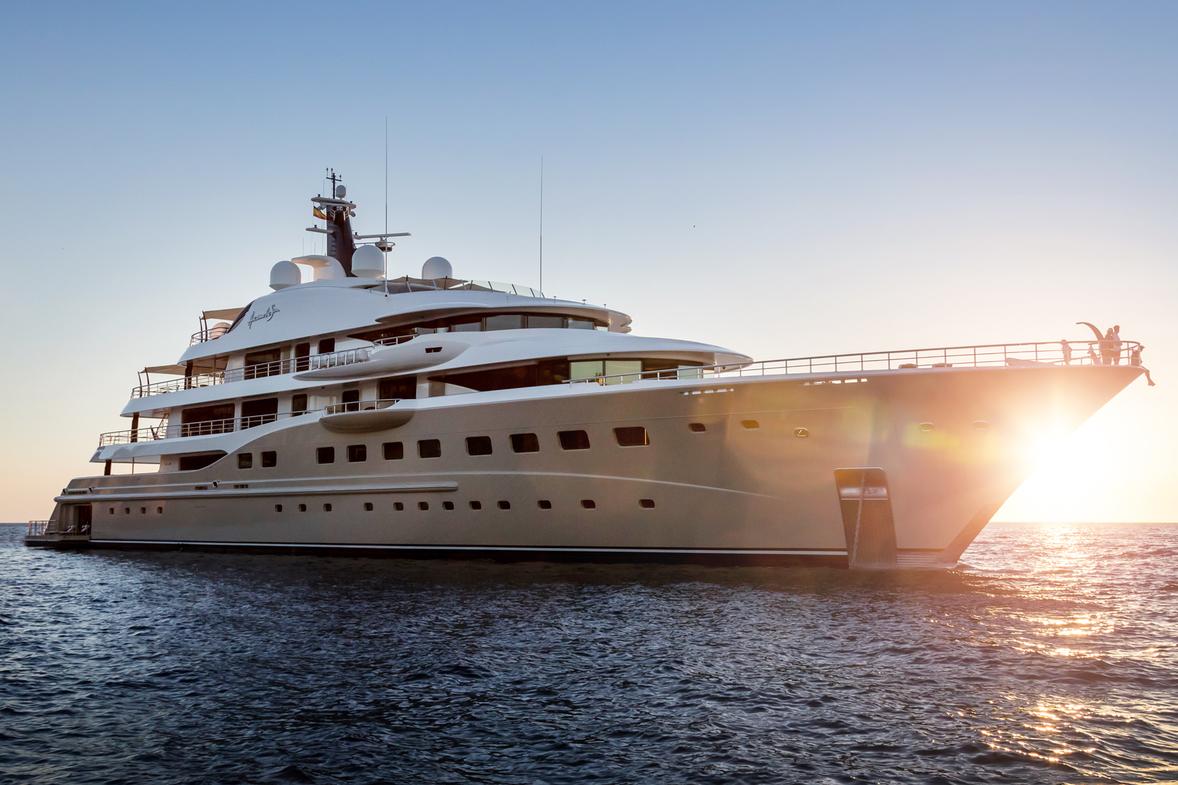 2019年摩纳哥游艇展开幕在即,长达111米的 Lurssen Tis号游艇或刷新纪录