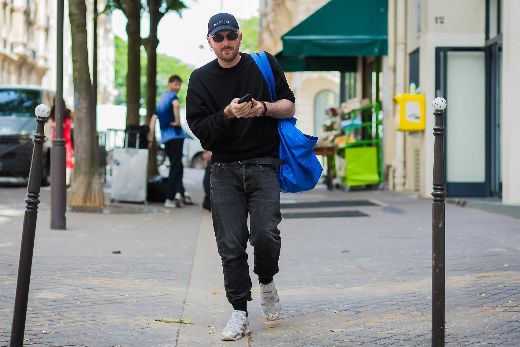 人事动向丨设计师潮牌 Vetements联合创始人离职;高端男装电商 Mr Porter负责人离职;奢侈鞋履品牌 Giuseppe Zanotti 新 CEO上任