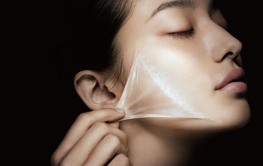 """日本花王集团推出世界上首款""""喷雾式纤维面膜"""",厚度仅为发丝的百分之一"""
