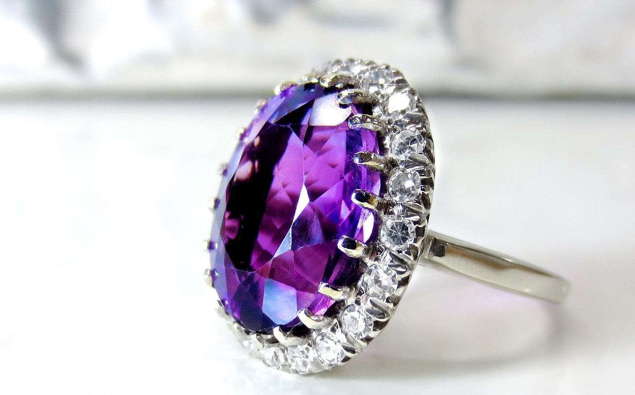 贝恩最新报告:钻石行业显示衰退迹象,抛光钻石和原石需求双双下降