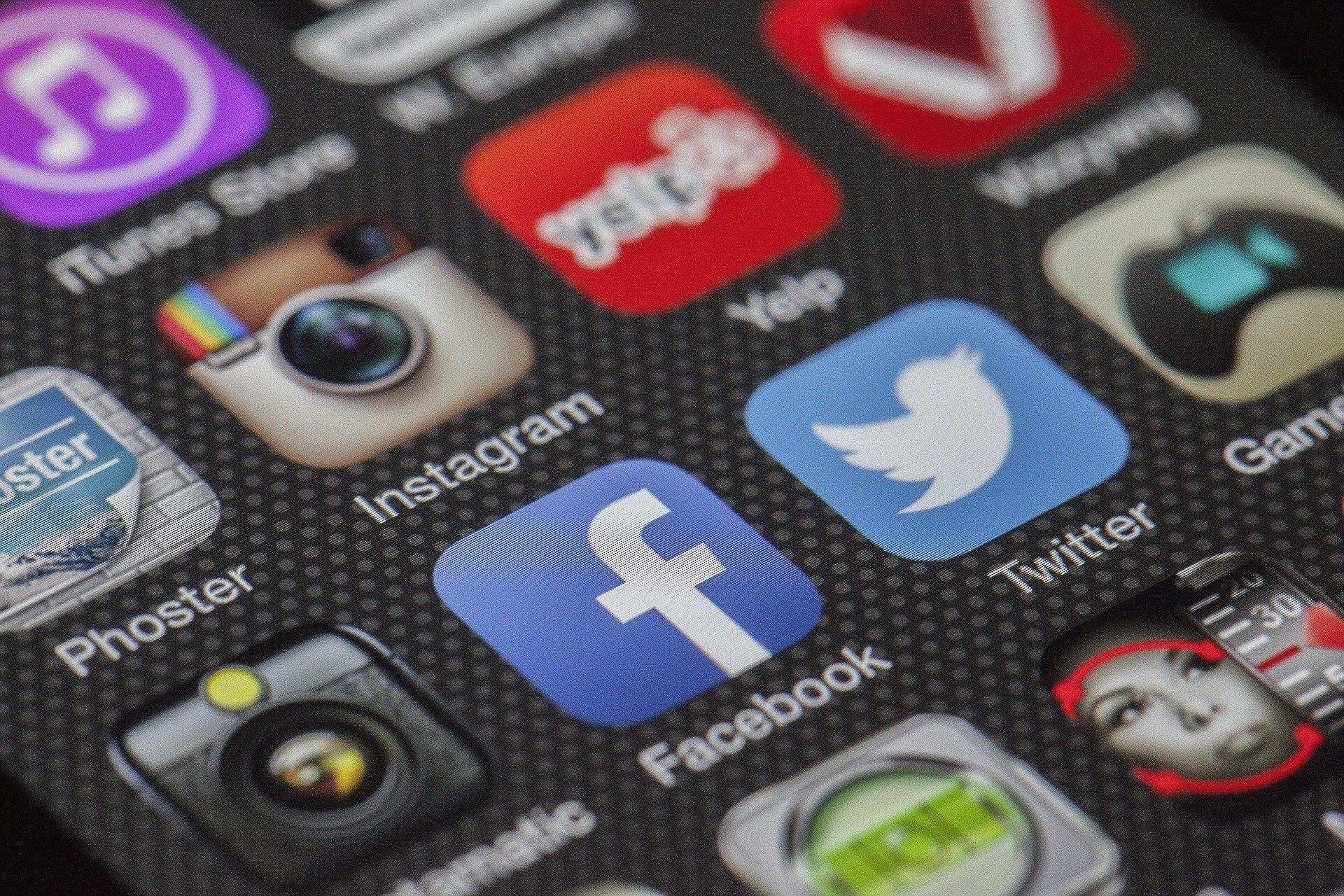 Facebook 或将推出实时直播购物功能,已收购一家视频购物初创公司 Packagd
