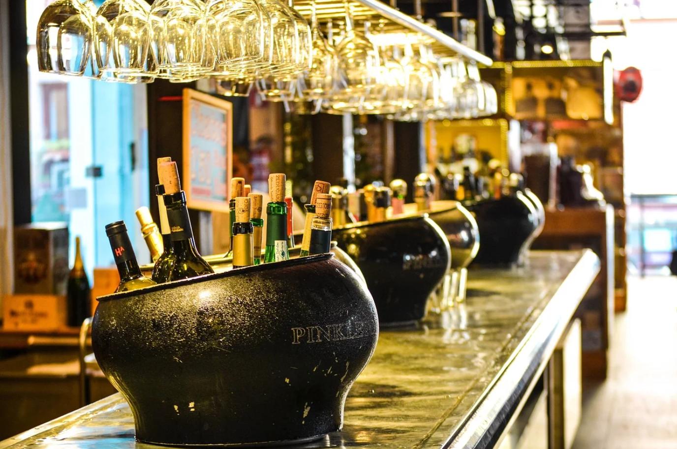 英国酒馆数量十二年来首次出现回升,达到39130家