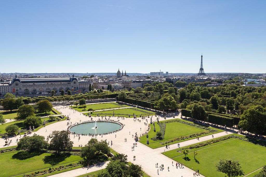 Dior资助巴黎卢浮宫修复杜乐丽花园