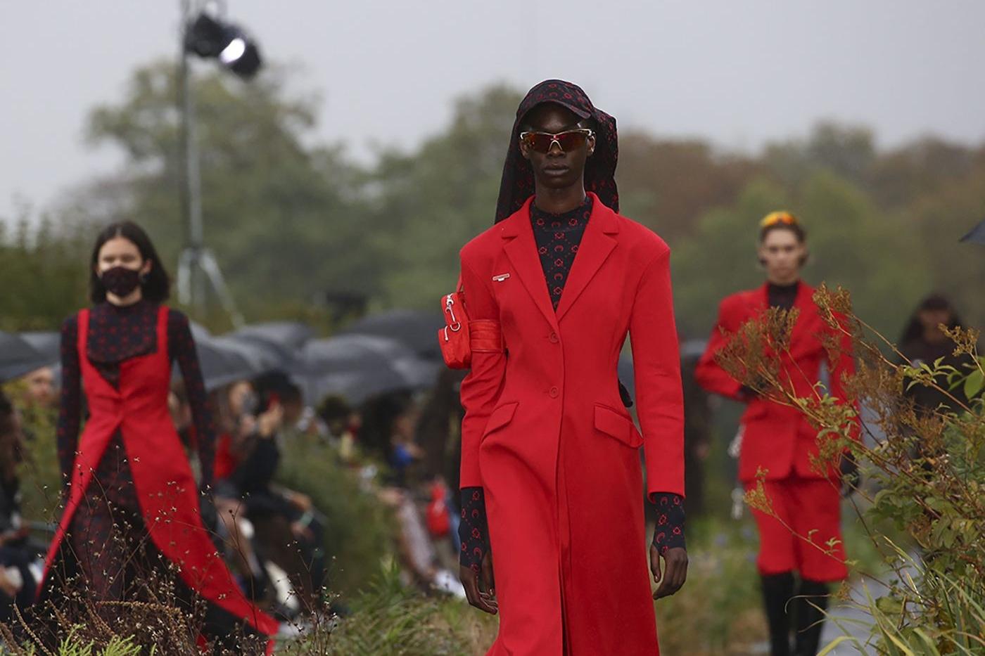 """巴黎时装周照常举行,""""自创立以来从未中断过一届""""!"""