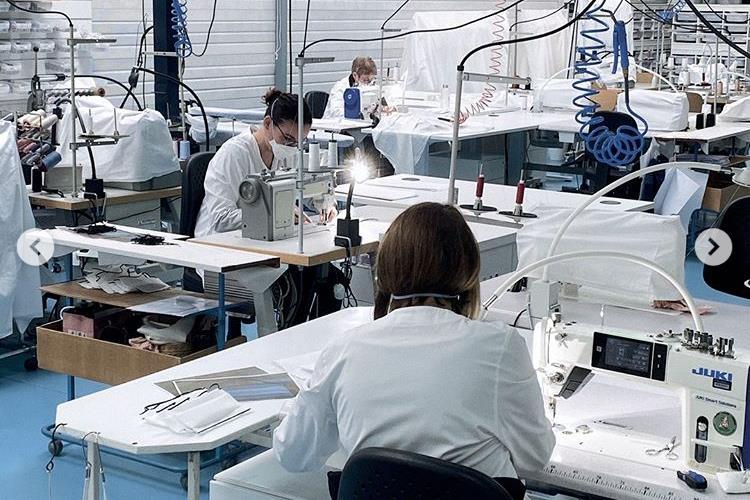 Dior 在法国的童装厂复工,只为赶制医用防护口罩