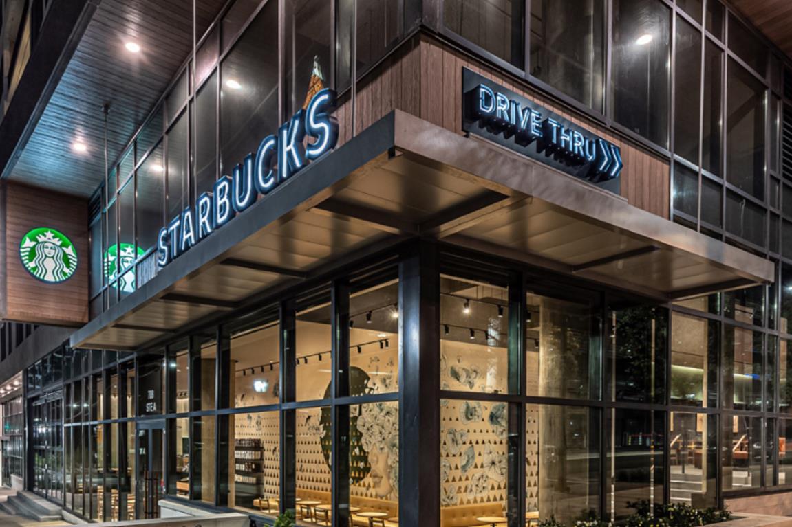 星巴克美国门店逐渐恢复营业,将视疫情情况决定门店服务的开放程度