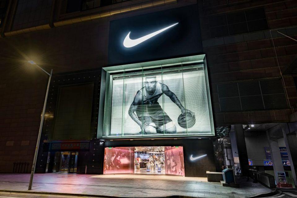 全球首家 Nike Rise概念店落户中国广州,线上无缝对接线下体验