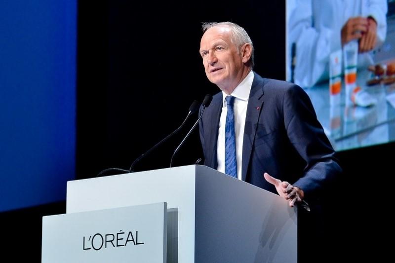 """欧莱雅集团股东大会:CEO接班人将在今秋从内部选拔,解释为何删除""""美白""""宣传字样"""