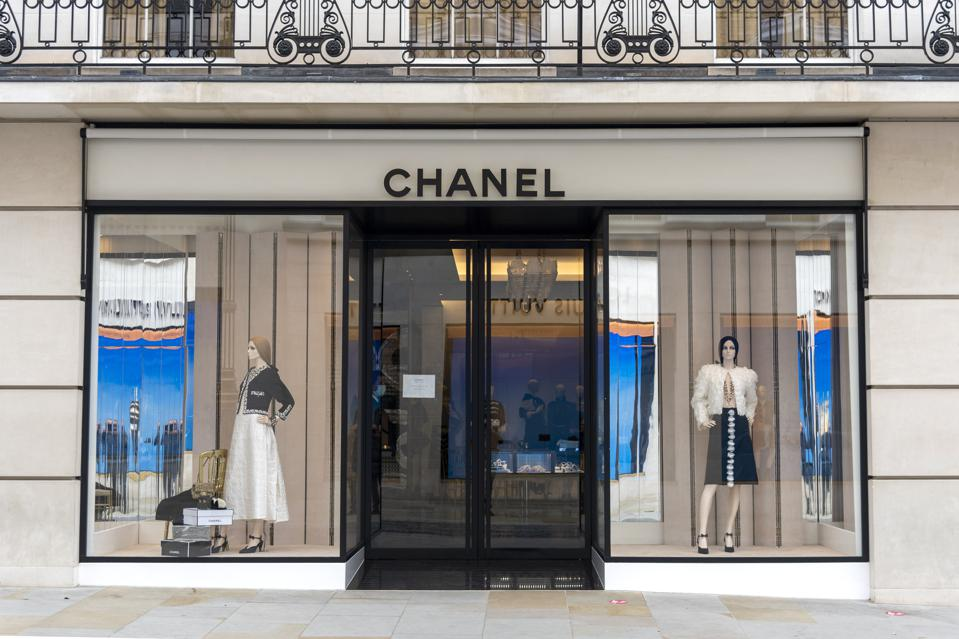 Chanel 出手3.1亿英镑收购伦敦旗舰店房产,高出业主期望价近30%