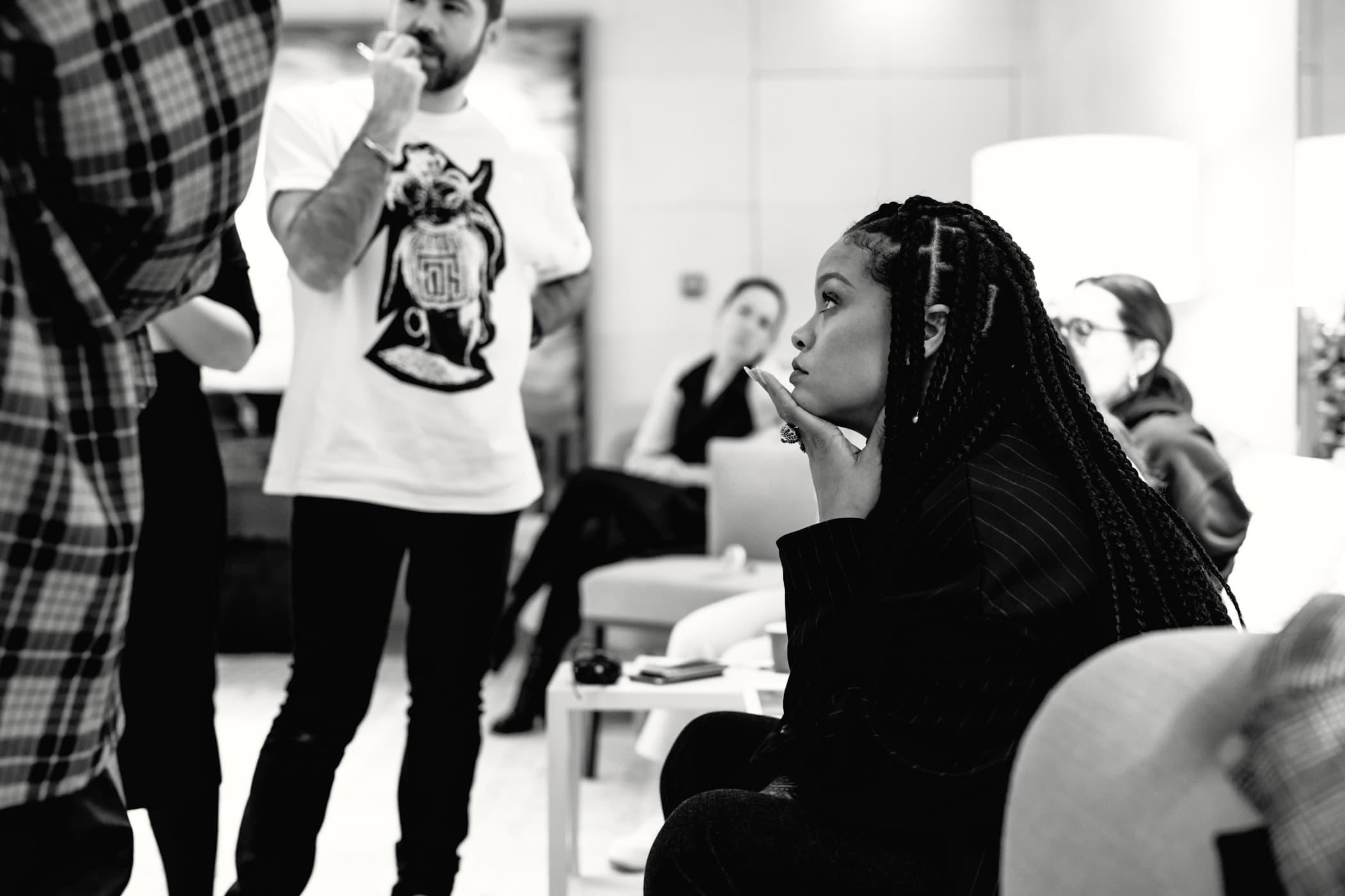 """LVMH集团:与蕾哈娜合作的 FENTY 品牌""""仍在打基础的阶段"""""""