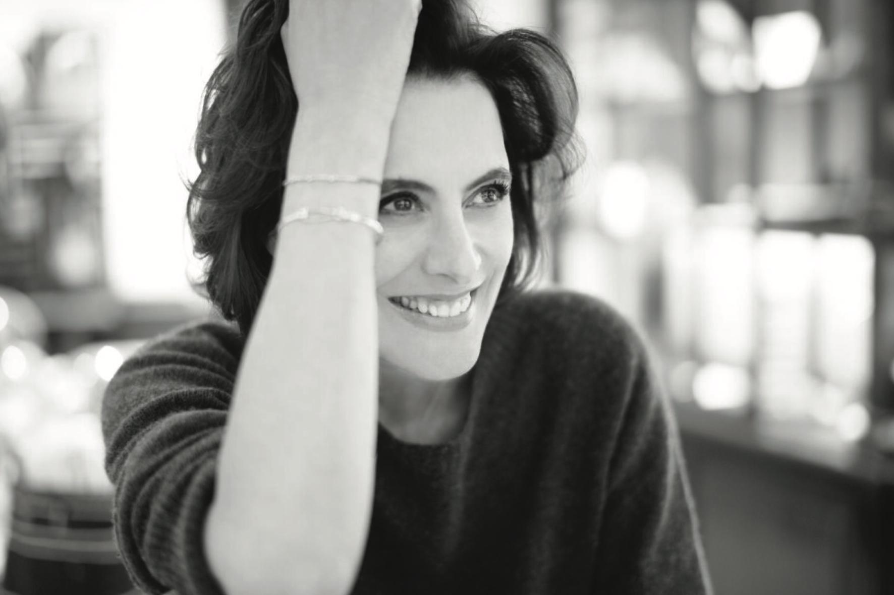 法国时尚界的标志性人物 Ines de la Fressange 如何让同名品牌 IDLF 重焕生机丨《华丽志》独家专访