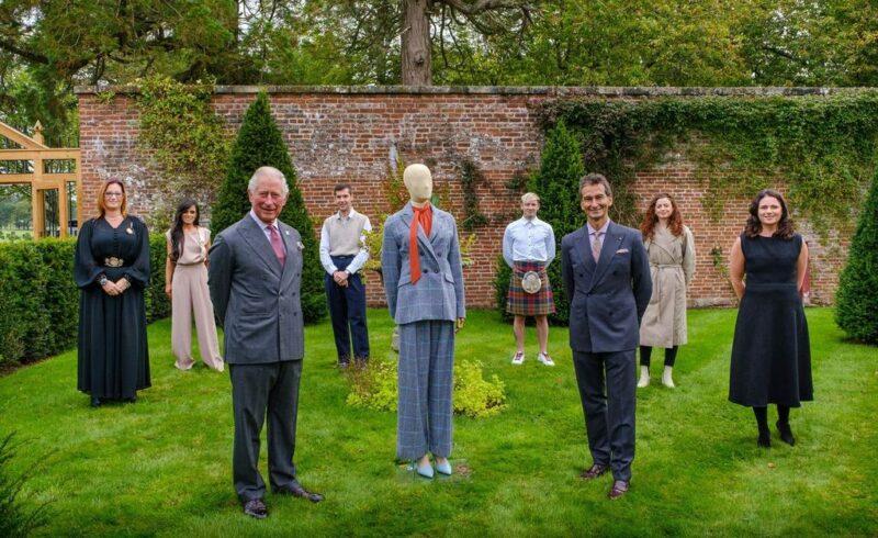 奢侈品电商 YNAP与英国王储查尔斯的基金会联合推出可持续胶囊系列