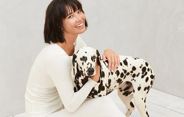好莱坞女星杰西卡·阿尔芭创办的 The Honest 计划 IPO,整体估值约20亿美元