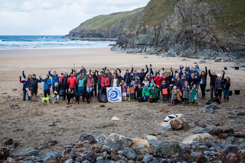欧舒丹与海洋保护公益组织 Surfers Against Sewage 合作,为清除海洋中的塑料垃圾献力