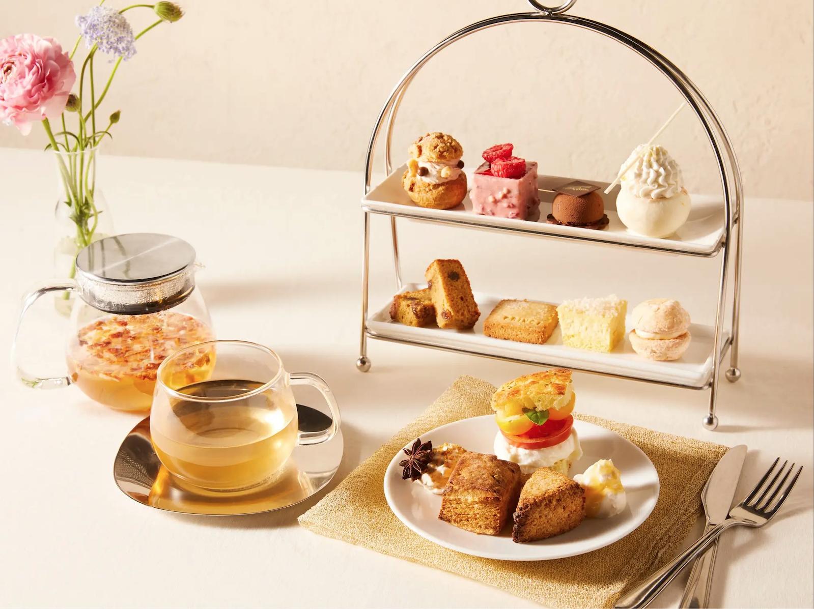 星巴克在东京推出标价4620日元的下午茶,需要抽签才能吃上