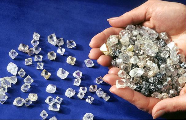 """俄罗斯钻石生产巨头 Alrosa 运用""""纳米标记""""新技术实现钻石产品全周期追踪"""